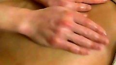 Rubbing oil all over hottie's body