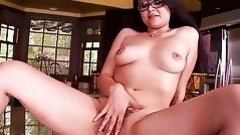juicy pussy deserves some real action